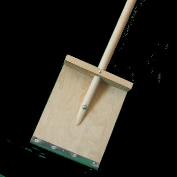 Лопата для снега деревянная